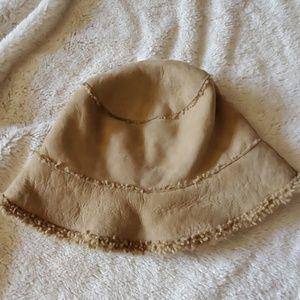 Banana Republic shearling bucket hat